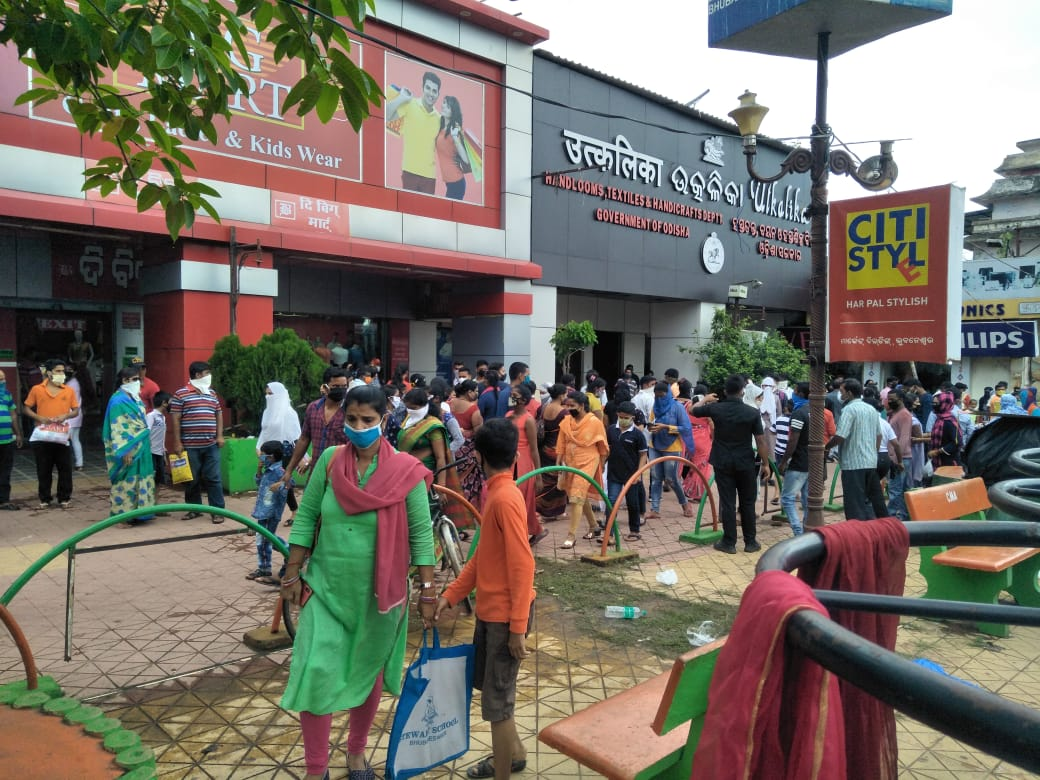 Police Commissioner Warns Of Closing Down Shops For COVID ...